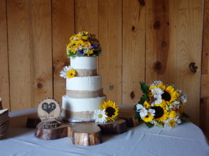 Groom made the cake stand